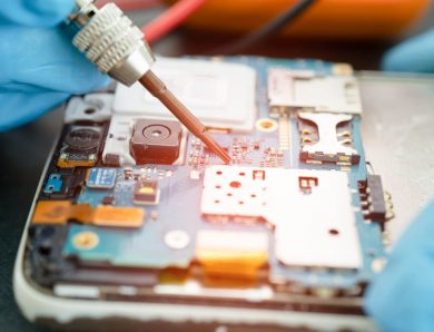 Quels sont les équipements nécessaires pour réparer un Smartphone ?